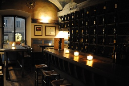 Interior doWine bar, onde você pode provar e comprar os vinhos da Movia.