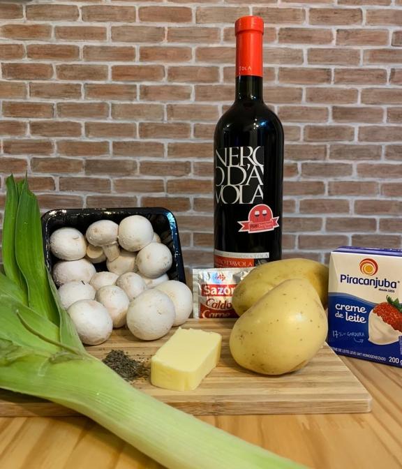 Ingredientes Sopa de Cogumelos com Vinho Tinto