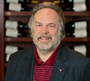 Robert Parker de barba